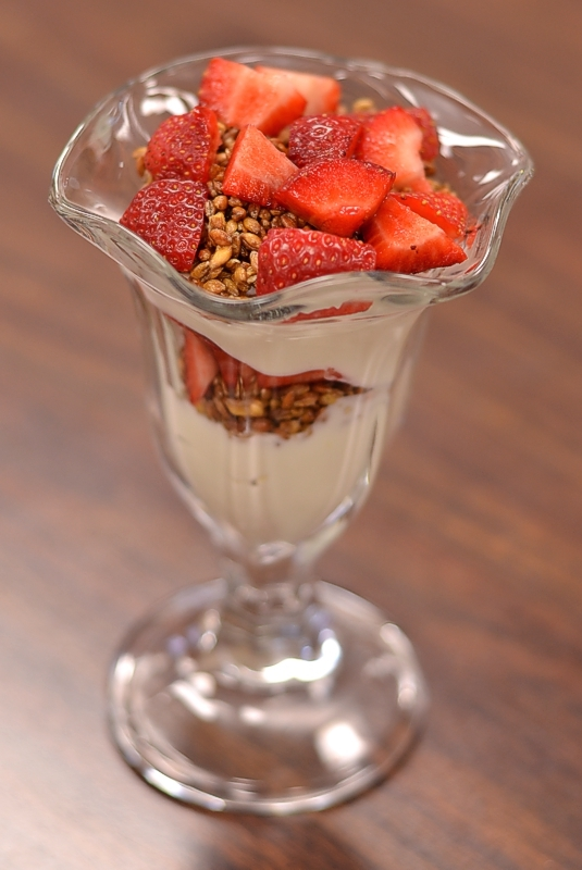 Popped Einkorn Berry Parfait