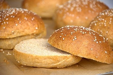 Whole Grain Honey-Oat Hamburger Buns