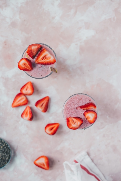 Strawberry Smoothie Chia Pudding