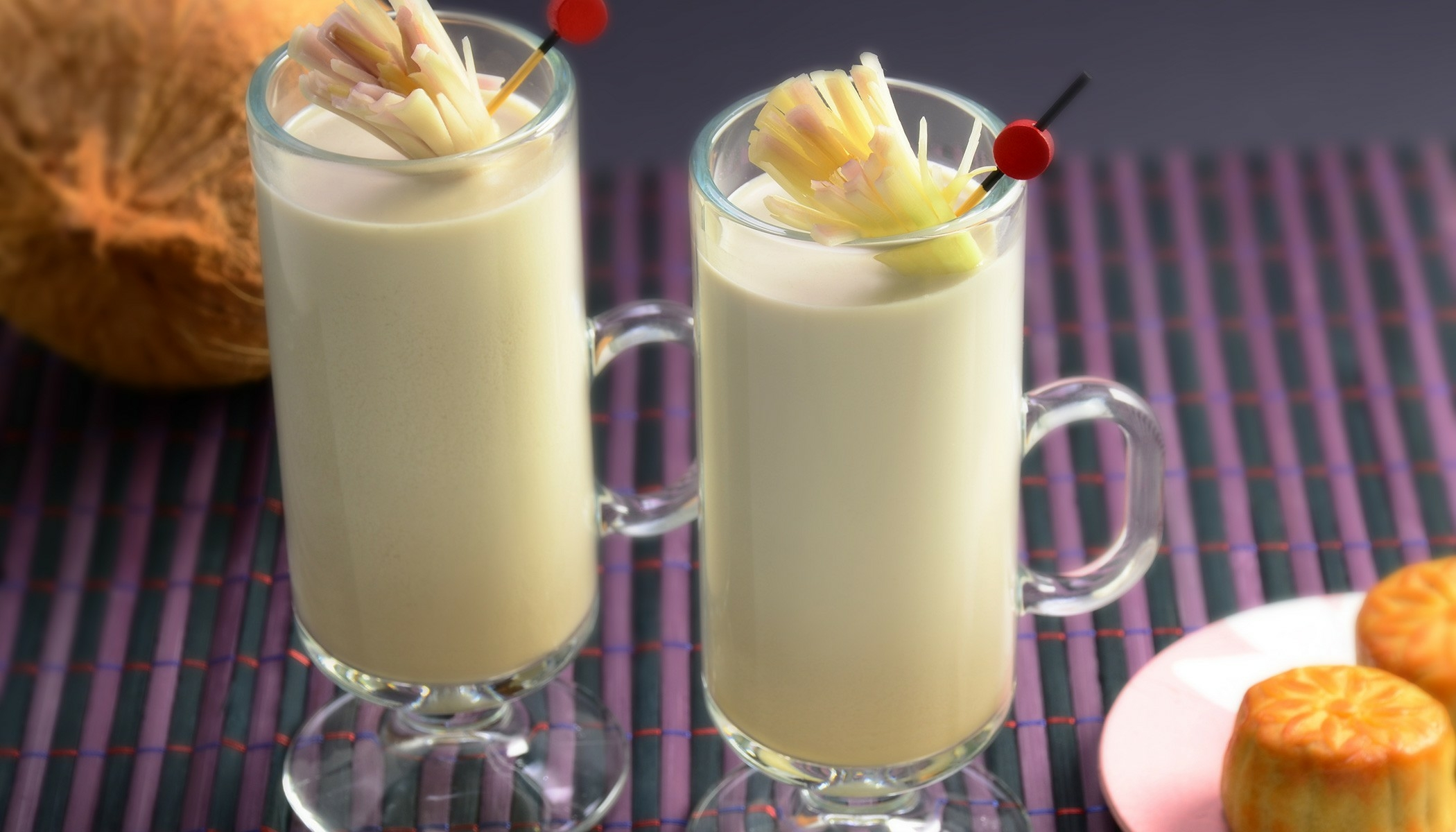 Oolong Coconut Milk Tea