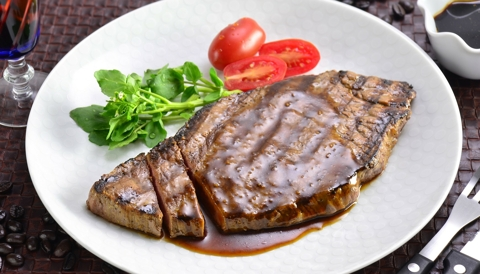 Coffee Marinated Grilled Steak with Garlic Soy Sauce