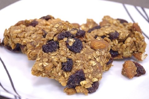 Cherry Nut Protein Bars