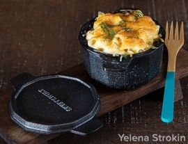 Jarn cast iron cocotte macaroni and cheese