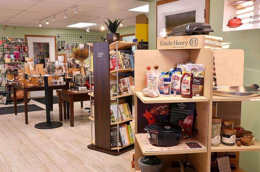 Pleasant Hill Grain Store, bakeware